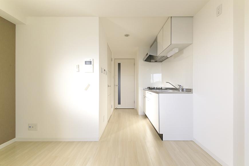 【ポルタニグラ大須】901号室_リビングスペース_キッチン周り_MG_3419
