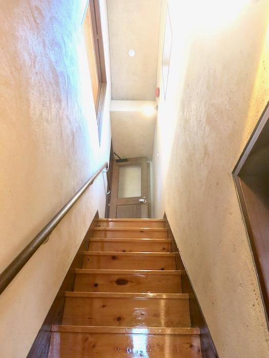 2Fから3Fへの階段 ヴィンテージ3Fメゾネット2000HOUSE4B23.jpeg1