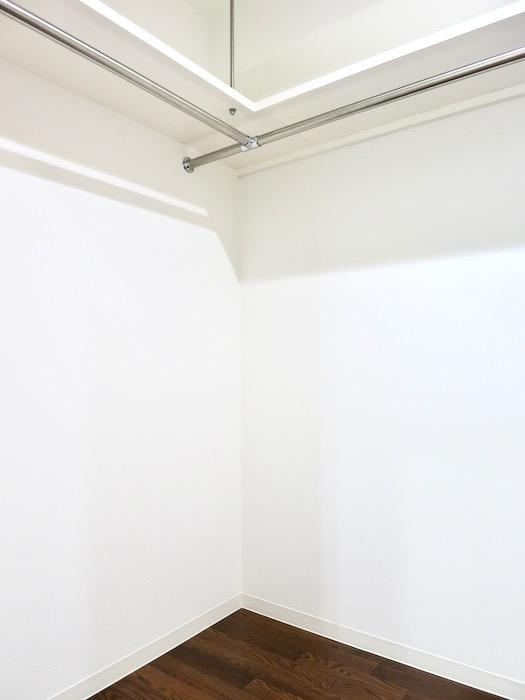 ウォークインクローゼット Viare storia(ヴィアーレストーリア) 503号室0