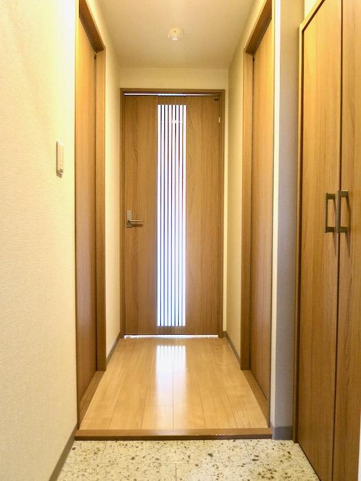 玄関 ALBA GRANDE 名護屋 1