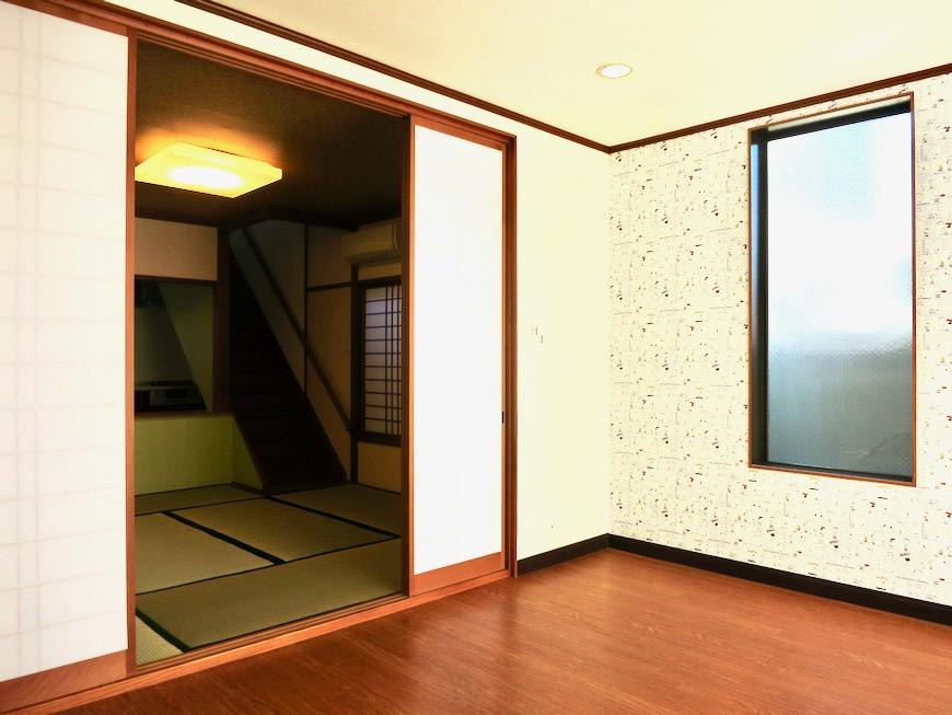 1F 和洋折衷 広い和室とチャーリーブラウン オフィス・ペット可 城主町貸家3