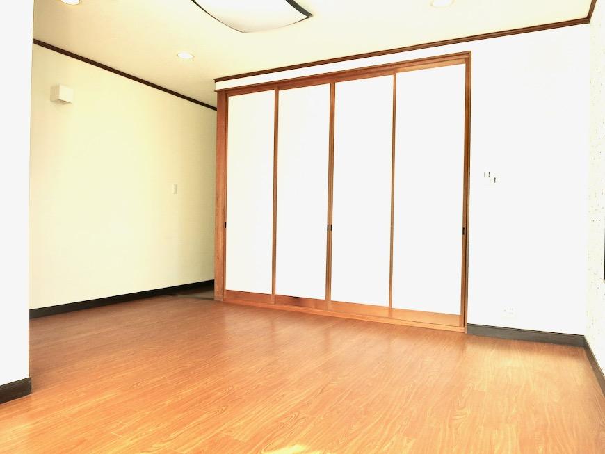 1F 和洋折衷 広い和室とチャーリーブラウン オフィス・ペット可 城主町貸家12