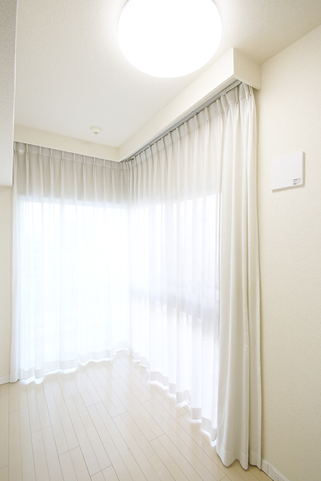 【ミュプレ矢場町】1103号室_洋室_角部屋の二面採光_MG_0303