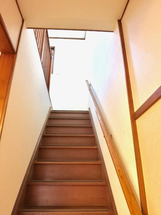 2F 階段 和洋折衷 広い和室とスヌーピー オフィス・ペット可 城主町貸家0