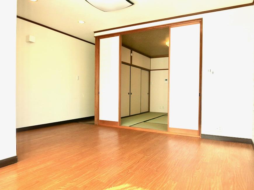 1F 和洋折衷 広い和室とチャーリーブラウン オフィス・ペット可 城主町貸家13
