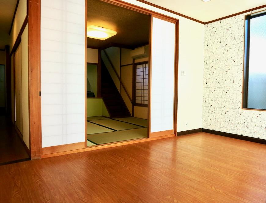 1F 和洋折衷 広い和室とチャーリーブラウン オフィス・ペット可 城主町貸家1