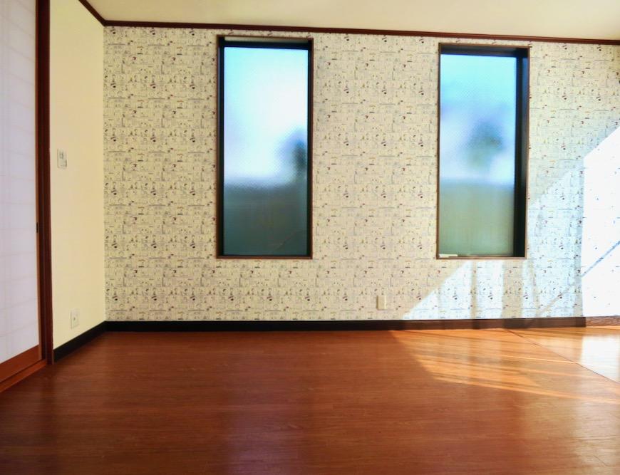 1F 和洋折衷 広い和室とチャーリーブラウン オフィス・ペット可 城主町貸家2