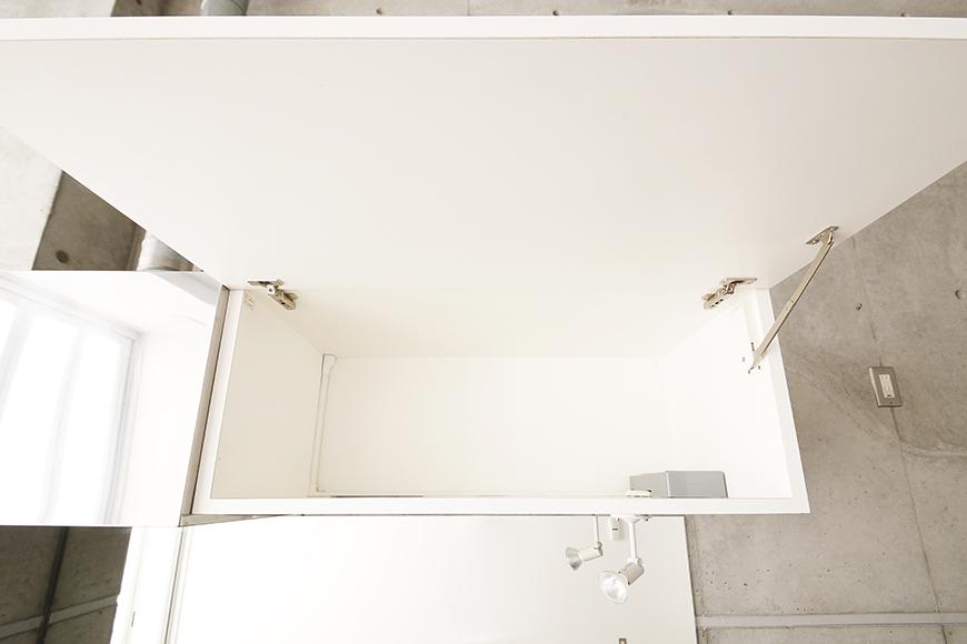 大曽根【クレイタスパークI】106号室_キッチン周り_頭上の収納棚_MG_2159