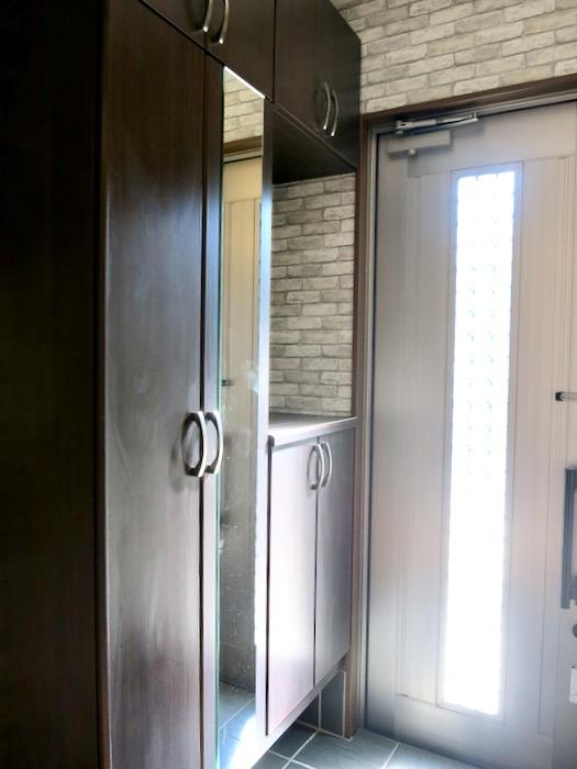 玄関。オフィス・ペット可 城主町貸家2