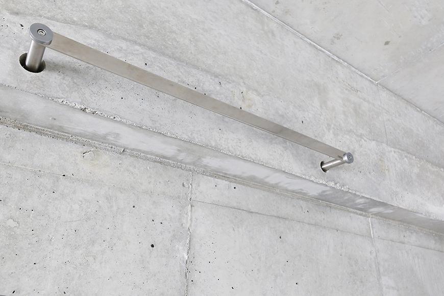 大曽根【クレイタスパークI】106号室_洋室(4帖)_自由に設置できるハンガー用のバー_MG_2291