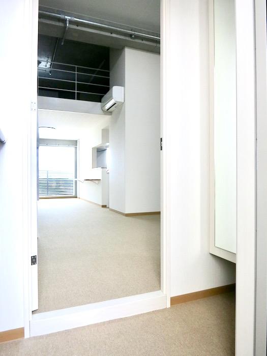 玄関 美 Solent motoyama 801号室 グランドピアノが置ける部屋0