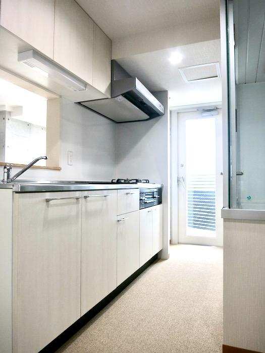 キッチン 美 Solent motoyama 801号室 グランドピアノが置ける部屋2