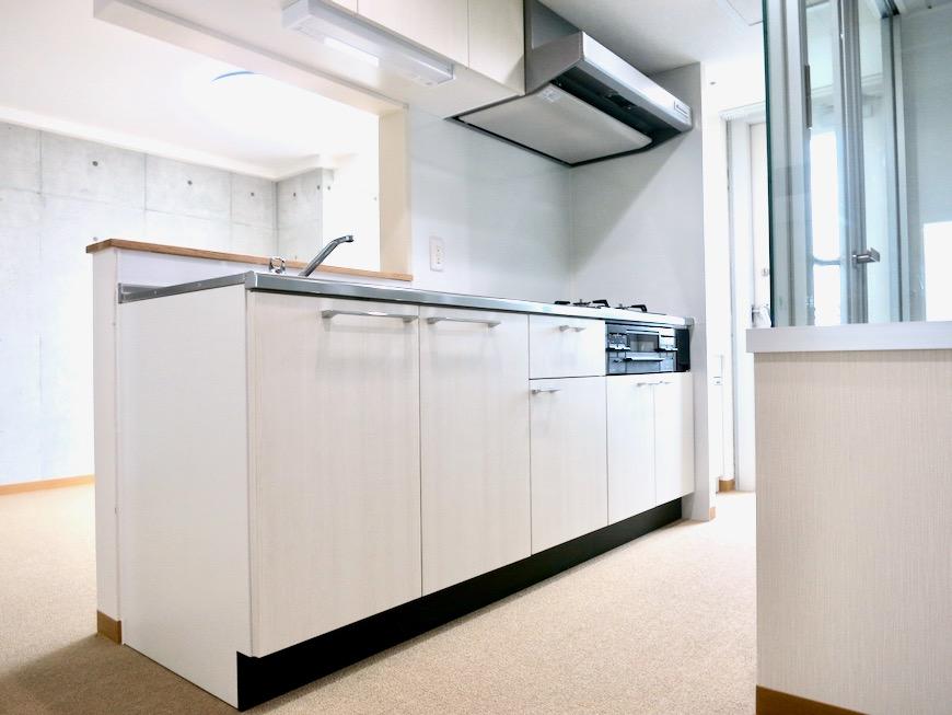 キッチン 美 Solent motoyama 801号室 グランドピアノが置ける部屋0