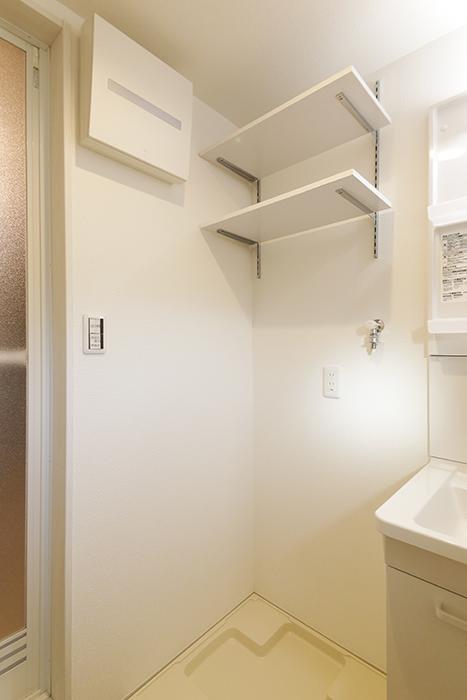 【ガレラ守山】4号室_2階_水回り_室内洗濯機置き場_MG_7214