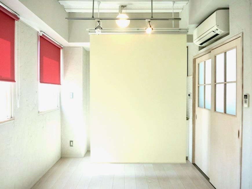 7帖個室 土壁風仕上げの壁 BOX HOUSE 4A16