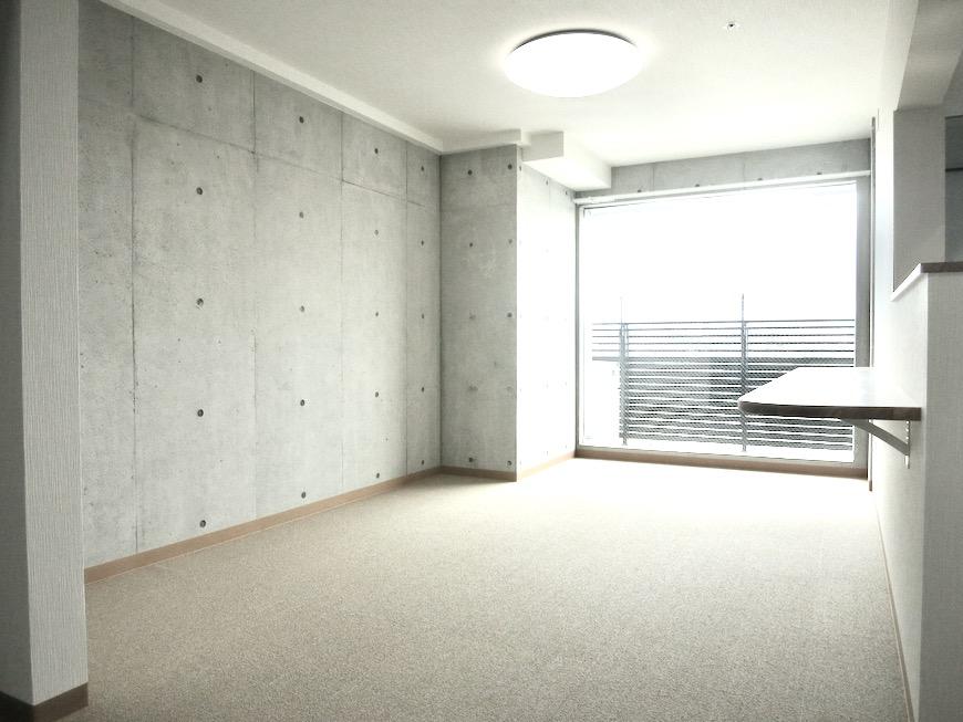 9帖LDK 美 Solent motoyama 801号室 グランドピアノが置ける部屋1