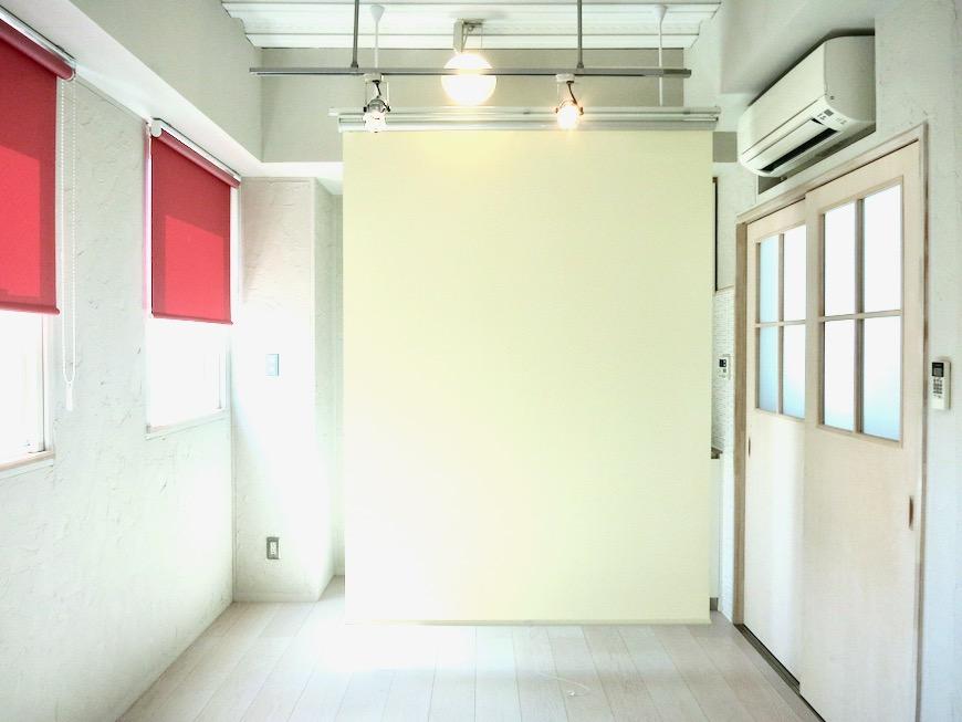 ●7帖個室 土壁風仕上げの壁 BOX HOUSE 4A13