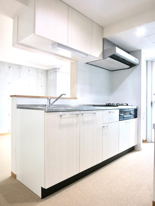キッチン 美 Solent motoyama 801号室 グランドピアノが置ける部屋1