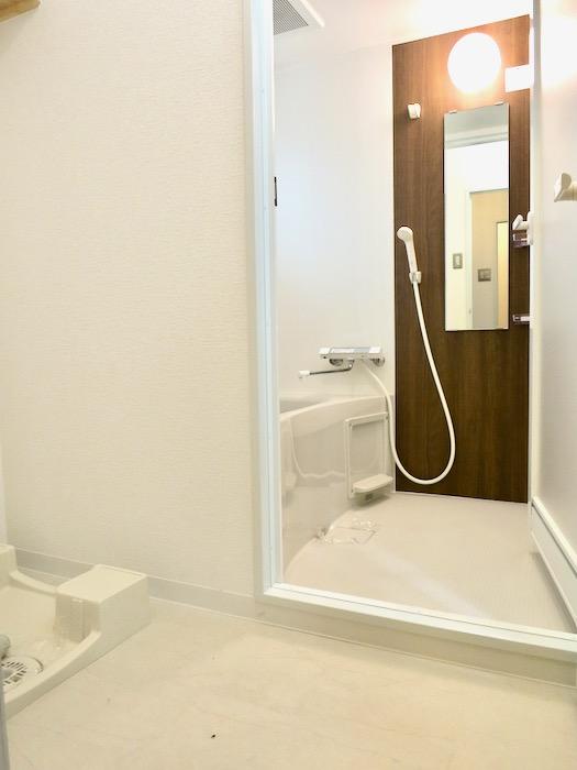 バスルーム&サニタリールーム。川原ロイヤルハイツ3B0