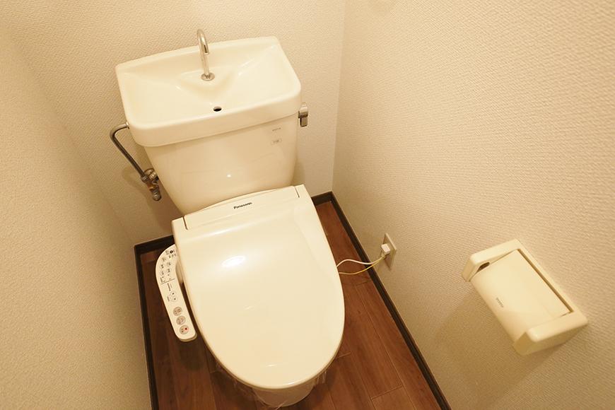 清須市【シャトー】102号室_二階_トイレ_MG_8602