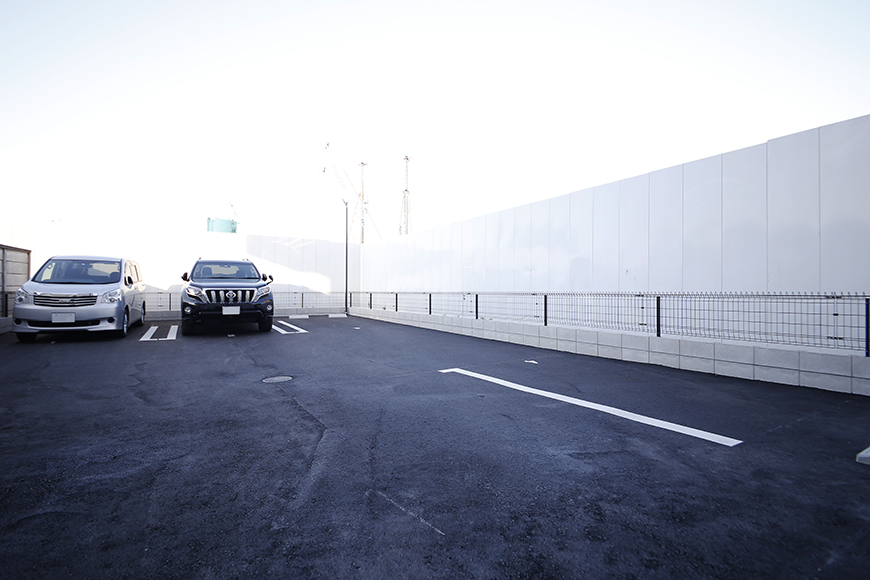 【NNS121】外観・共有_敷地内駐車場_MG_1895
