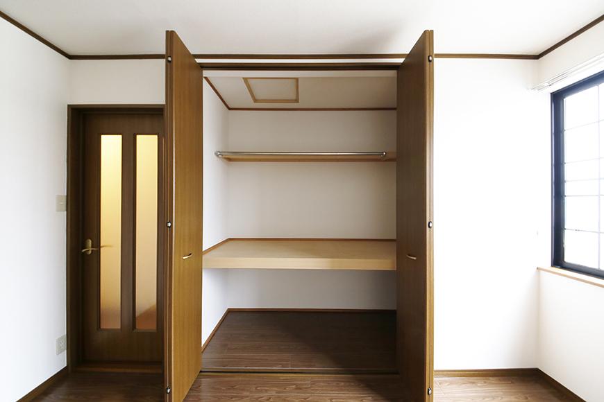 清須市【シャトー】102号室_三階_洋室(西側)_クローゼット収納_MG_8795