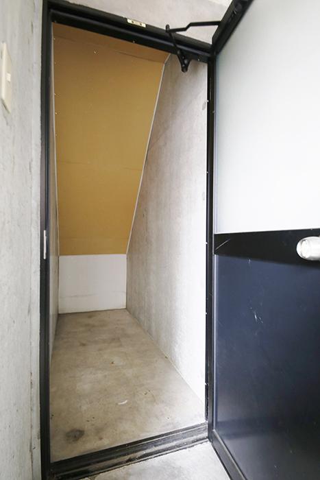 清須市【シャトー】102号室_一階_ガレージ_収納スペース_MG_8489
