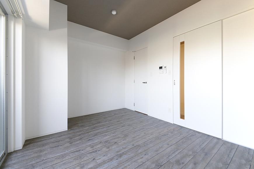 【NNS121】404号室_洋室_全景_MG_1852