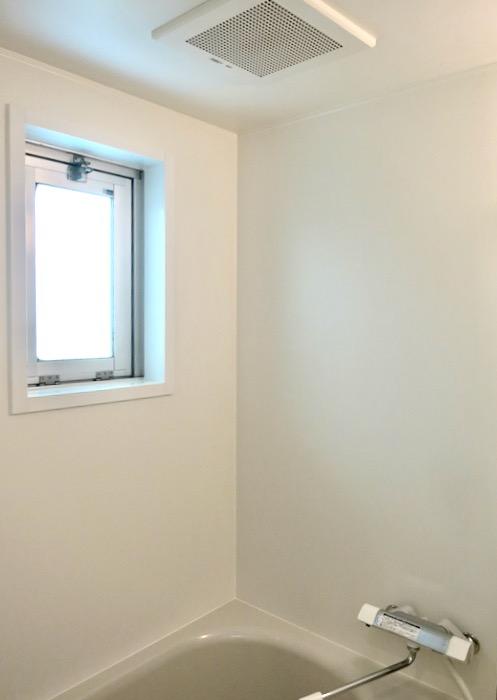 バスルーム&サニタリールーム。川原ロイヤルハイツ3B3