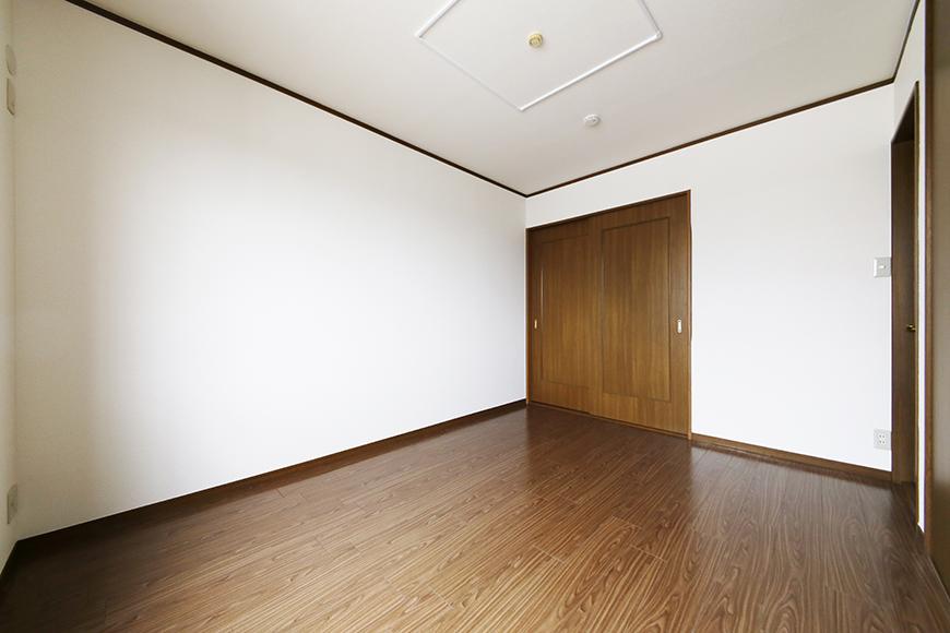 清須市【シャトー】102号室_三階_洋室(西側)_全景_MG_8784