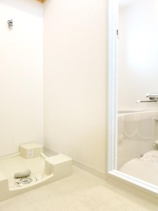 バスルーム&サニタリールーム。川原ロイヤルハイツ3B1