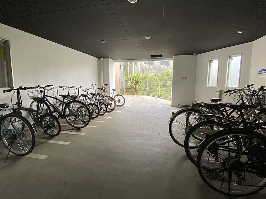 YOSHINOSQUARE駐輪場