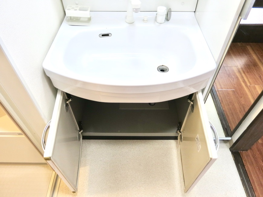 サニタリー&バスルーム ビラ三秀山中505号室3