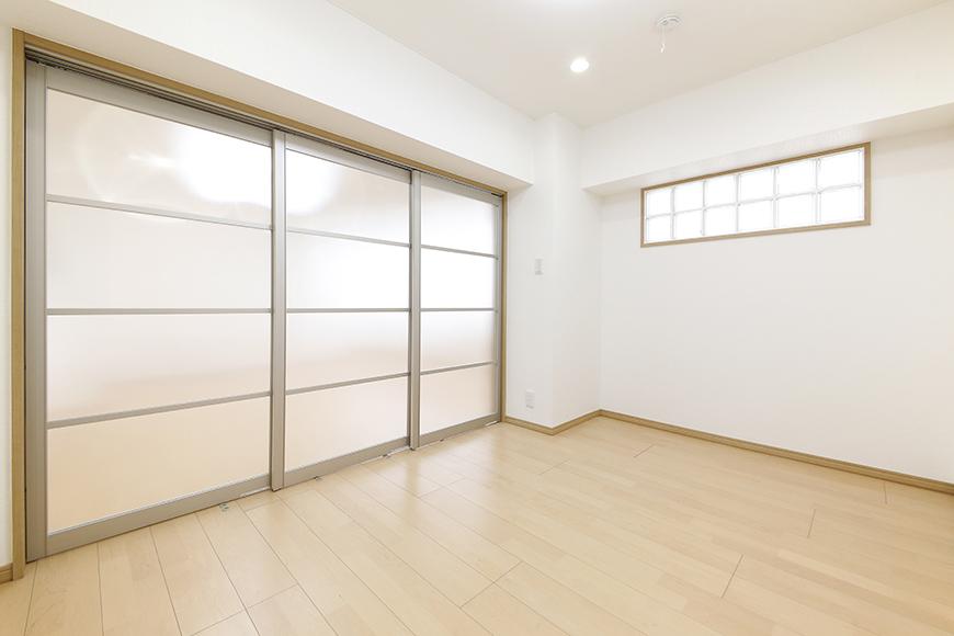 【ハイライク栄ハイツ】_805号室_洋室1_仕切りドアを閉めるとこんな感じです_MG_3328