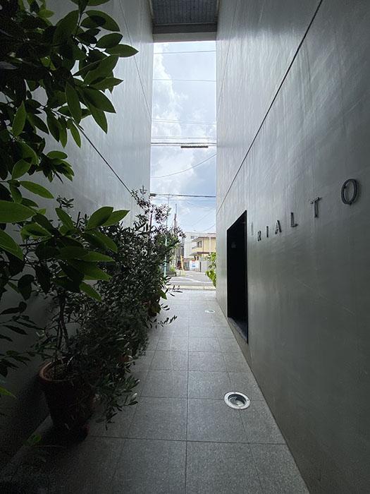 RIALTO 102号室入り口