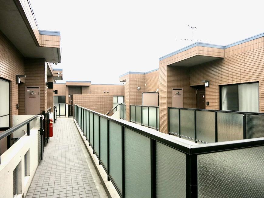 玄関・外観・共用 ビラ三秀山中505号室0