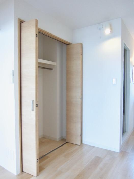 朝日が似合うお部屋。 南山ビル403号室00009