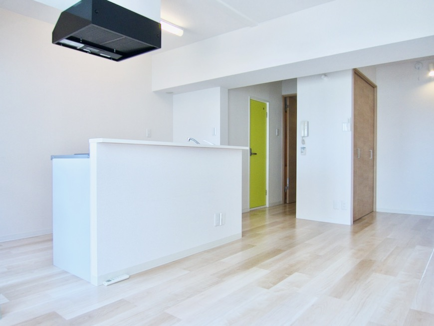 朝日が似合うお部屋。 南山ビル403号室00013