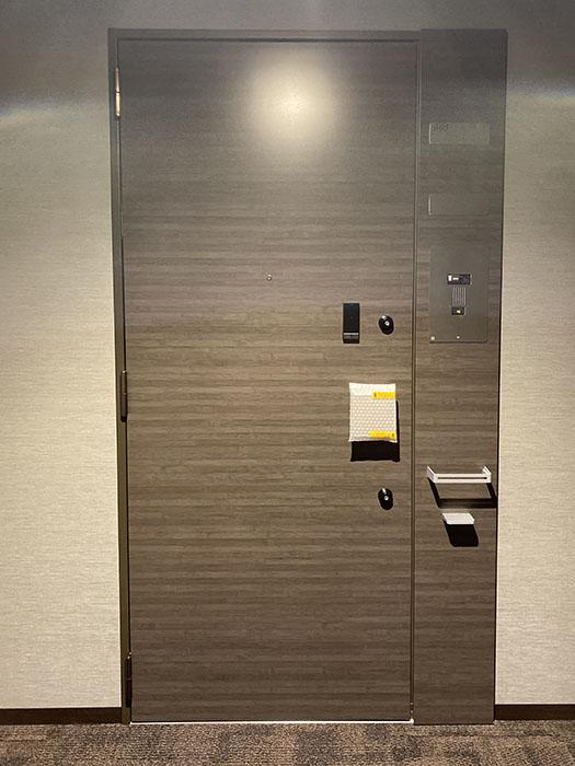 タワー・ザ・ファースト名古屋栄0305号室玄関