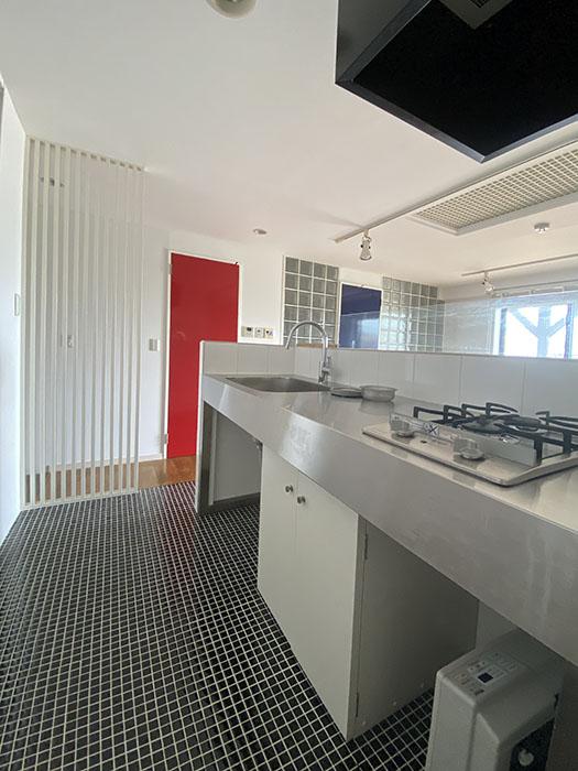HATAYAアパートメント 301号室キッチン