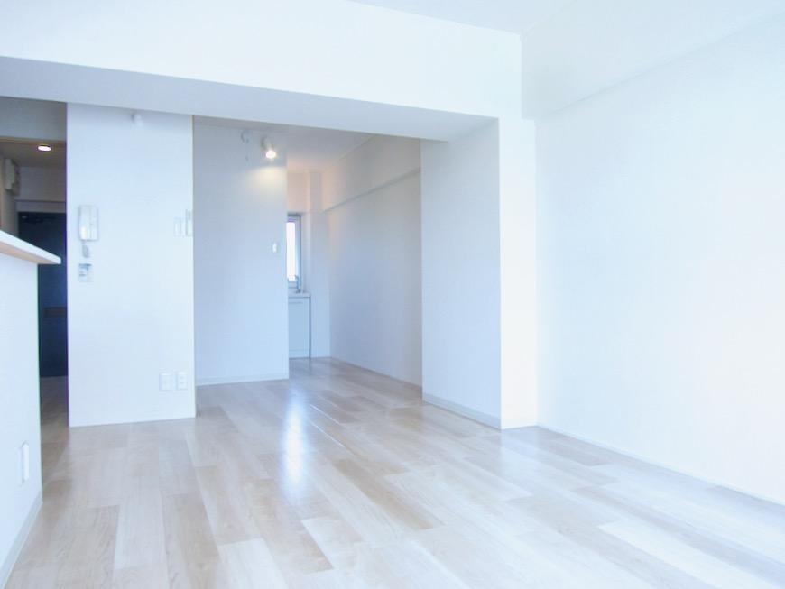 朝日が似合うお部屋。 南山ビル403号室00011