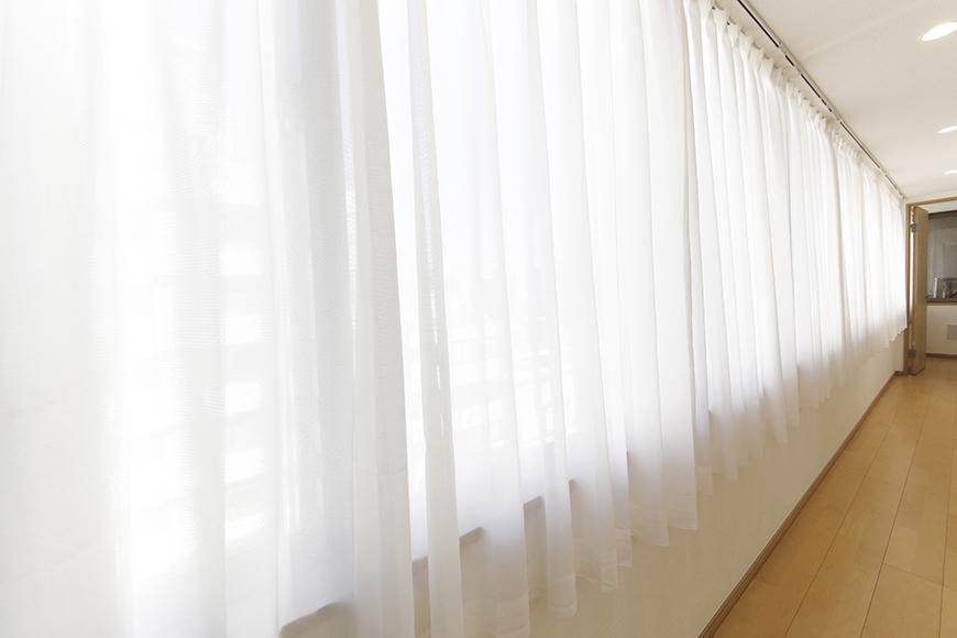【ハイライク栄ハイツ】_805号室_LDK_長い長いアプローチの横長窓_MG_3438