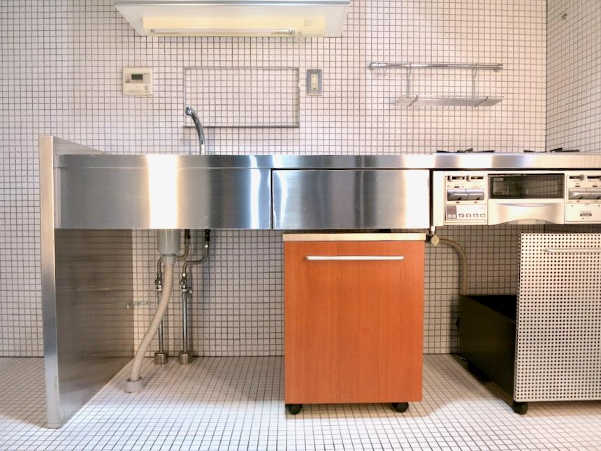 スタイリッシュなキッチン「印象派」ARK HOUSE 南館3-C 00002
