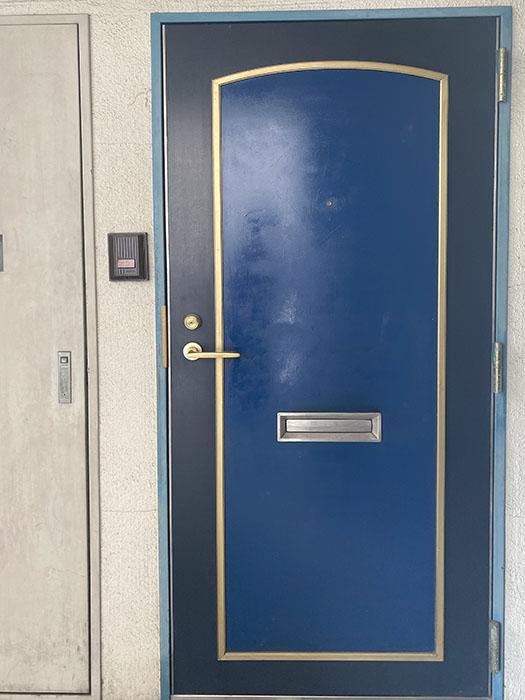 IB SPOT玄関