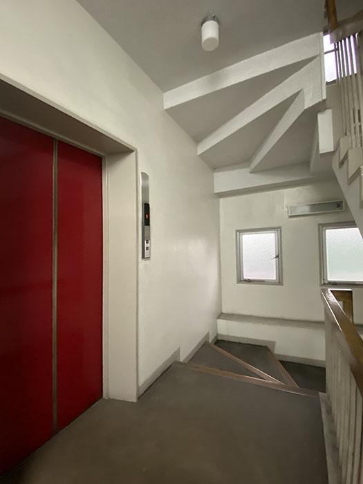 メゾン金山エレベーター