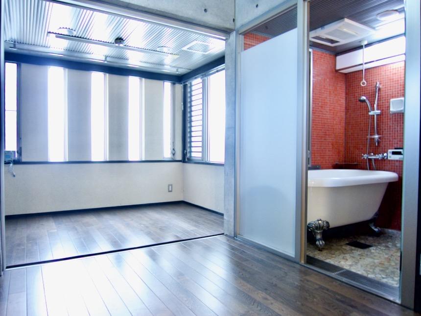 窓が素敵な3帖サンルーム 「印象派」ARK HOUSE 南館3-C 00009