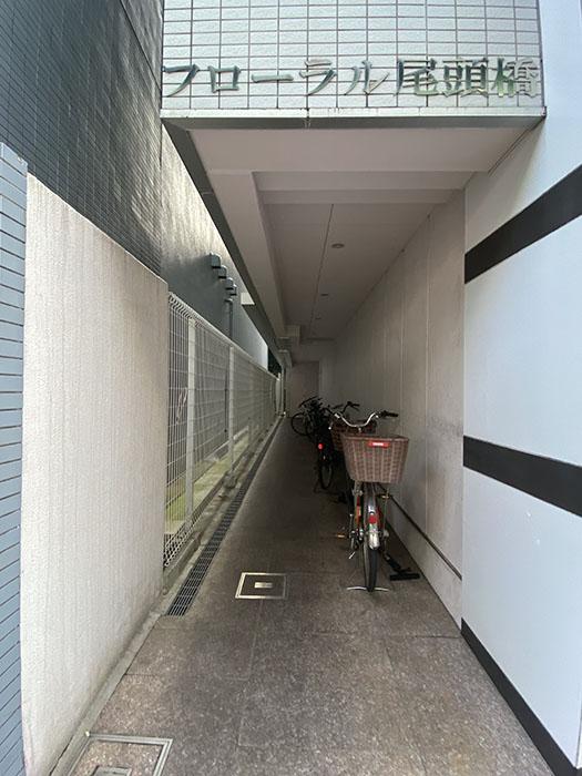 フローラル入り口