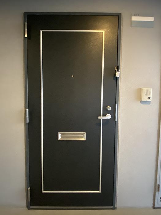 HARADA栄南ビル303号室玄関