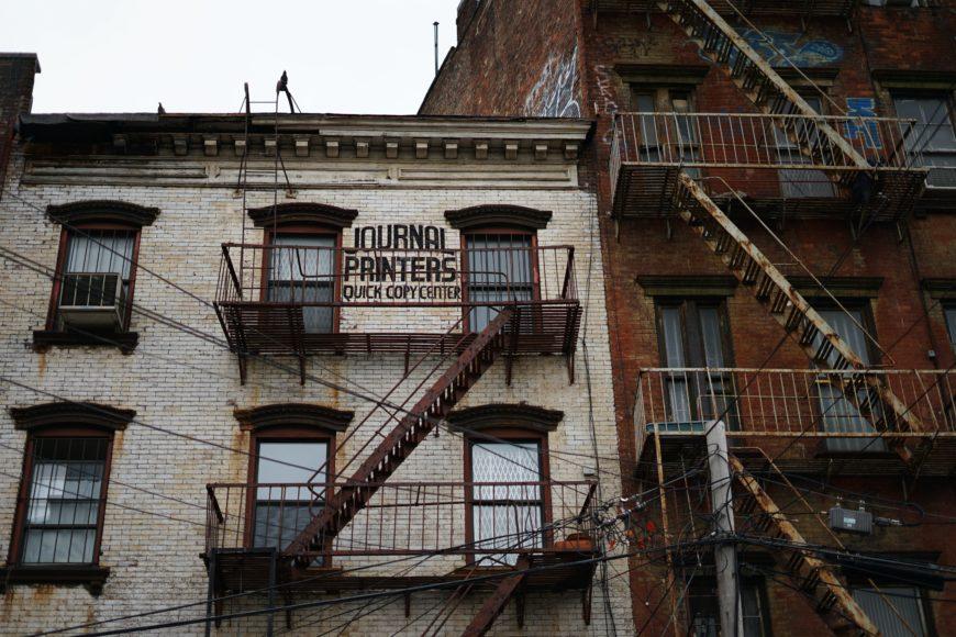 ブルックリンスタイルの原点とも言える外壁_252758D4-827D-4B10-B8A3-948E4F4917EA