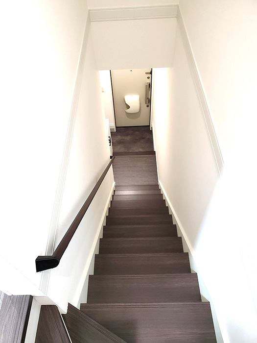 21_A_階段上から